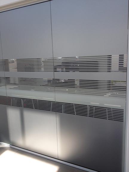 Opdateret Frostet folie på vinduer – HS – Skilte SO07